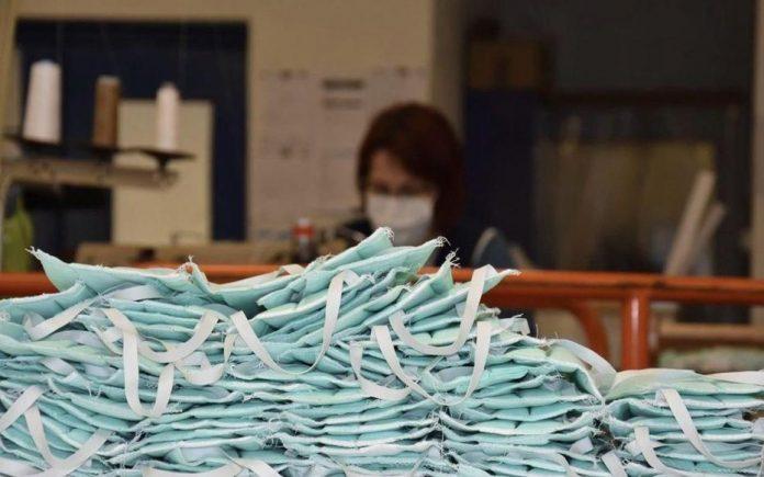 Coronavirus France EN DIRECT : Les distributions de masques démarreront le 4 mai