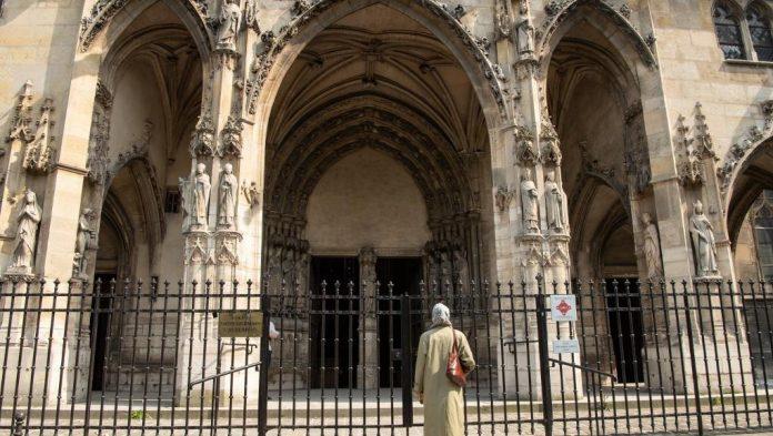 Coronavirus France EN DIRECT : Les lieux de culte ne rouvriront pas en mai