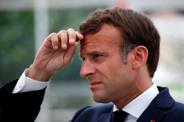 Emmanuel Macron évoque un déconfinement modulé par régions (détail)