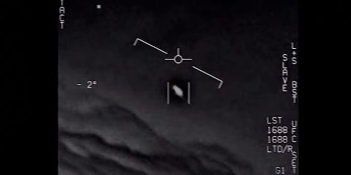 Le Pentagone déclassifie trois vidéos d'Ovnis (détail)