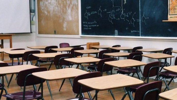 Coronavirus France EN DIRECT : les maires d'Ile-de-France demandent le report de la réouverture des écoles