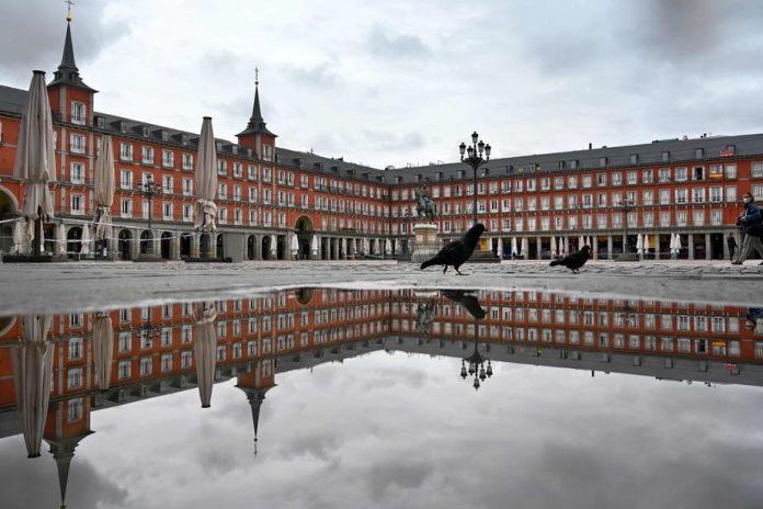 COVID-19 : Déconfinement retardé à Madrid et Barcelone