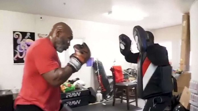 Mike Tyson de retour sur les rings, pour la bonne cause (Vidéo)
