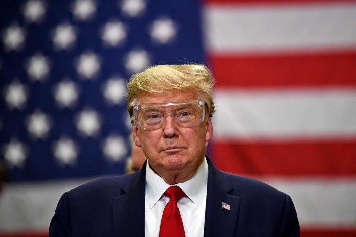 Trump menace de rompre les relations avec la Chine (détail)