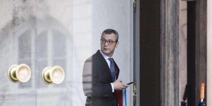 Emmanuel Macron : L'affaire Kohler a été classée après une lettre du président