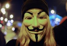 Les Anonymous s'attaquent à la police de Minneapolis (détail)