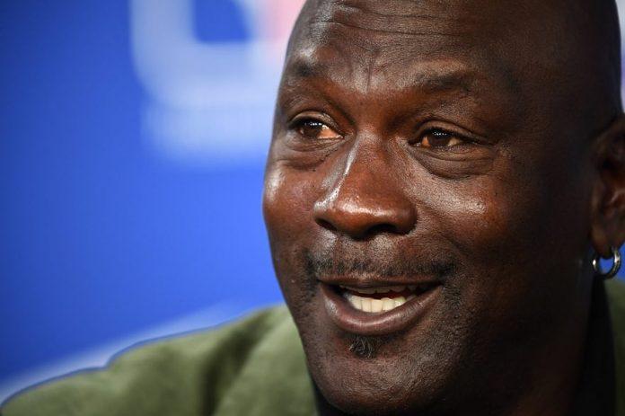 Michael Jordan fait un don de 100 millions contre le racisme (détail)