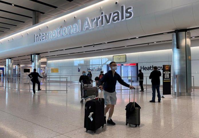 Royaume-Uni : des ponts aériens pour contourner la quarantaine
