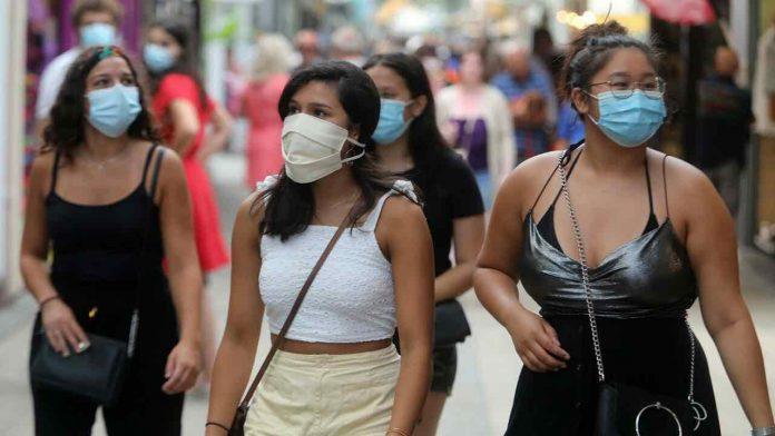 Coronavirus France en direct : Toulouse, première ville à rendre le masque obligatoire
