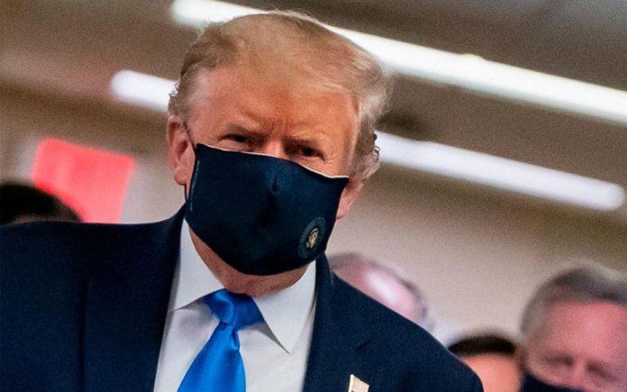 Pour Trump, le port du masque est un geste