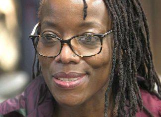Arrestation de l'écrivaine Tsitsi Dangarembga pendant une manifestation anticorruption