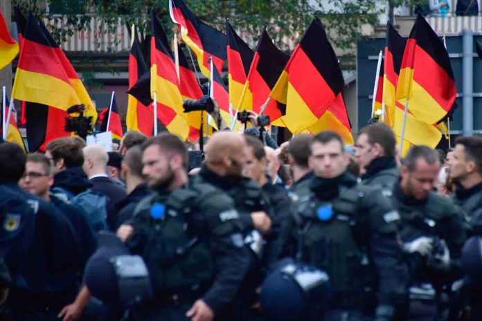 Allemagne : des agents de police soupçonnés de propagande néonazie (détail)