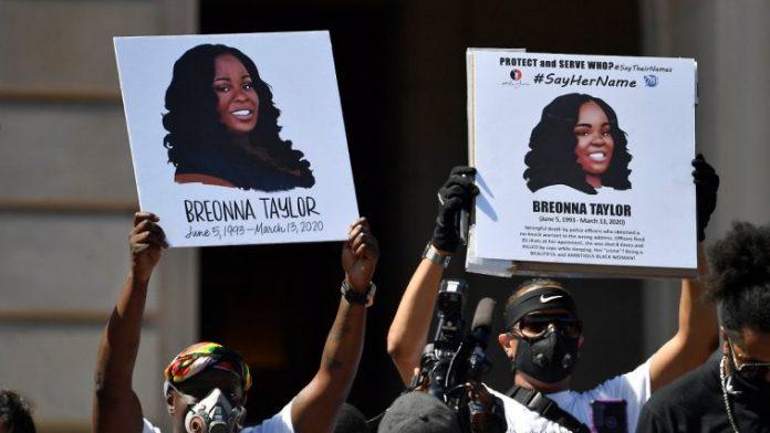 Breonna Taylor, tuée chez elle par la police : sa famille recevra 12 millions de dollars (détail)