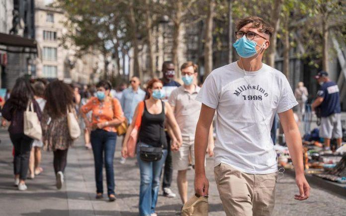 L'Italie envisage de généraliser le port du masque à l'extérieur (détail)
