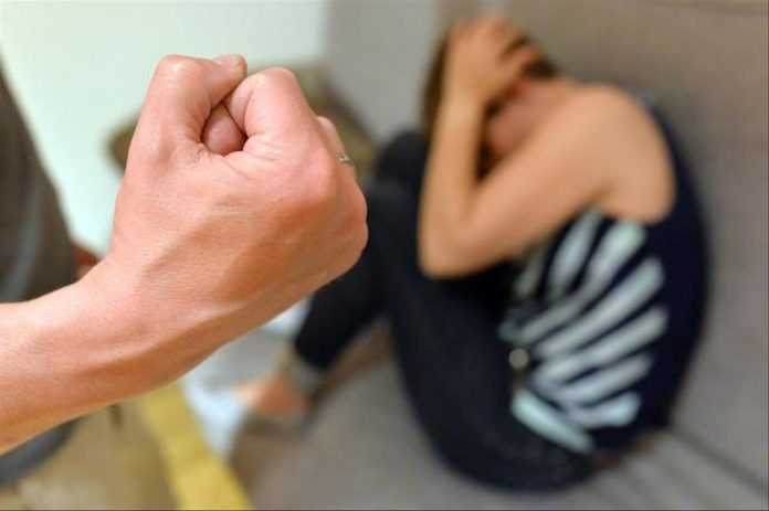 Violences conjugales : Le bracelet anti-rapprochement lancé vendredi (détail)