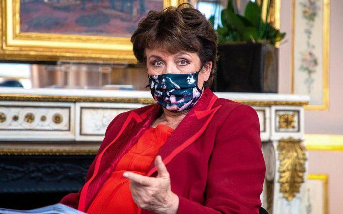 Couvre-feu : Roselyne Bachelot défend un assouplissement pour les spectacles (détail)