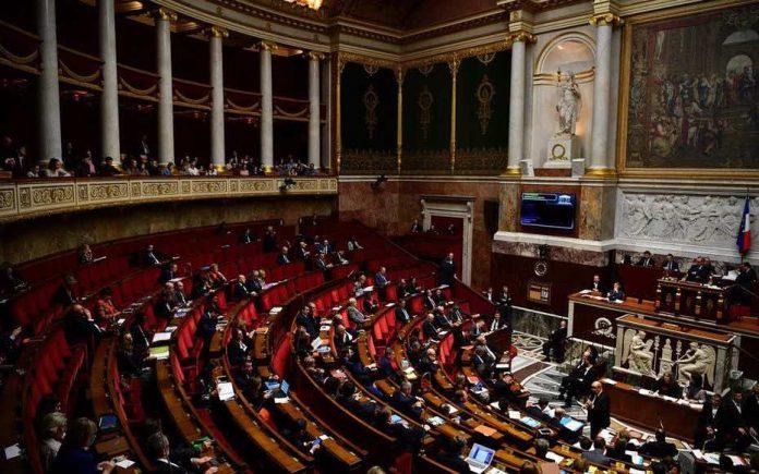 L'Assemblée nationale vote les milliards d'euros du plan de relance en première lecture (détail)