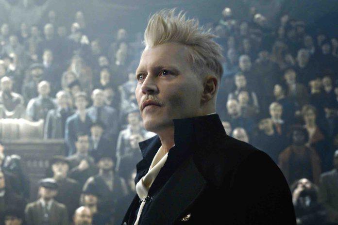 Johnny Depp quitte Les Animaux Fantastiques 3 (détail)