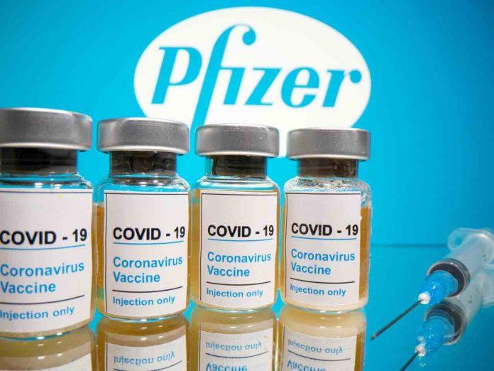 Comment les vaccins contre le Covid vont être administrés en France (détail)