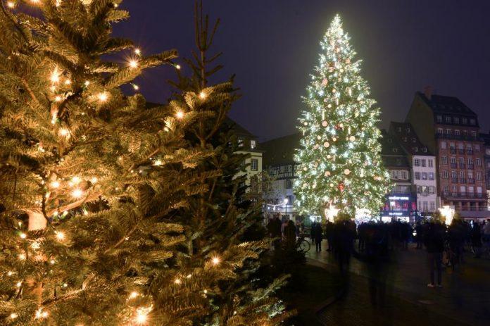 Couvre-feu, attestation : Comment circuler pendant les fêtes de fin d'année ?