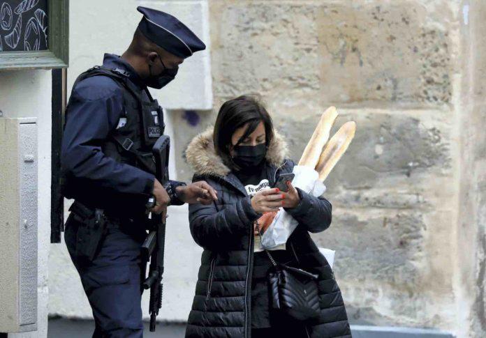 Coronavirus France en direct : Attestation de déplacement couvre-feu, téléchargez la nouvelle dérogation
