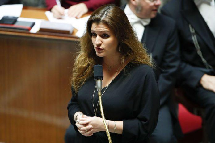 Marlène Schiappa recadrée pour son retard à l'Assemblée nationale (VIDEO)
