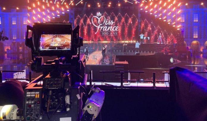 Miss France 2021 en direct : qui succèdera ce soir à Clémence Botino ?