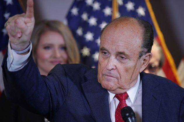 Rudy Giuliani, avocat de Trump positif au COVID-19 (détail)