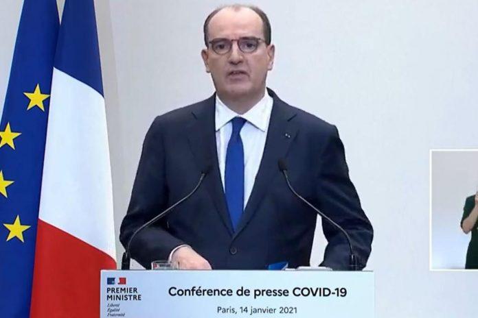 Coronavirus en direct : couvre-feu à 18h dans toute la France, toutes les annonces en vidéo