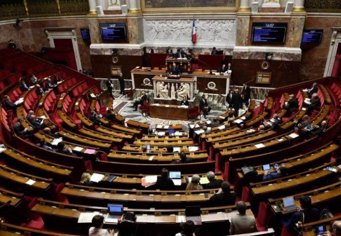 Coronavirus France : l'Assemblée nationale valide la prolongation de l'état d'urgence sanitaire