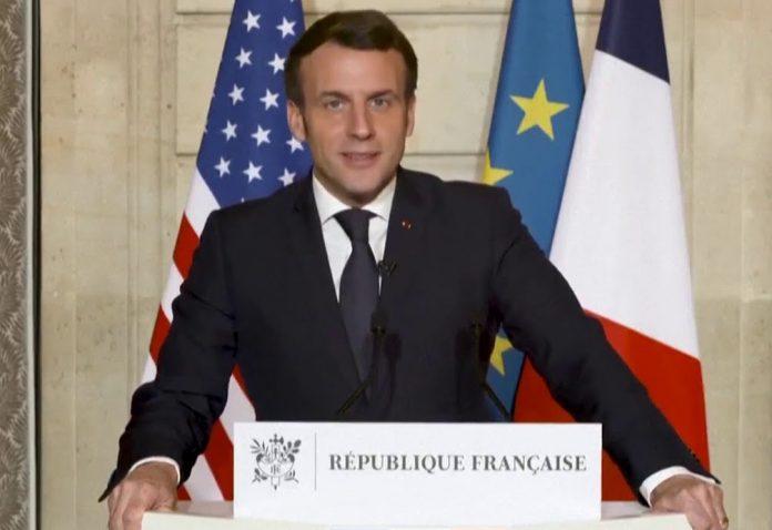 Invasion du Capitole : Macron appelle à ne rien céder face à la violence (détail)
