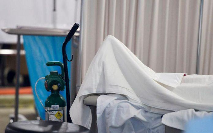 La Californie déploie des dizaines de remorques frigorifiques pour les morts du Covid (détail)