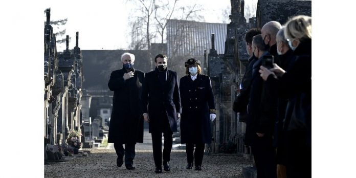 Macron à Jarnac : un homme interpellé pour une alerte à la bombe (détail)