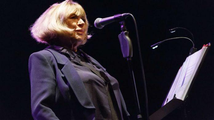 Marianne Faithfull pourrait ne plus jamais chanter à cause de séquelles du Covid