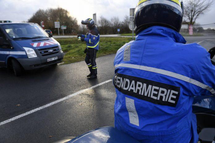 Bas-Rhin: flashé à 191 km/h à 88 ans, il dit être en retard pour son vaccin anti-Covid-19