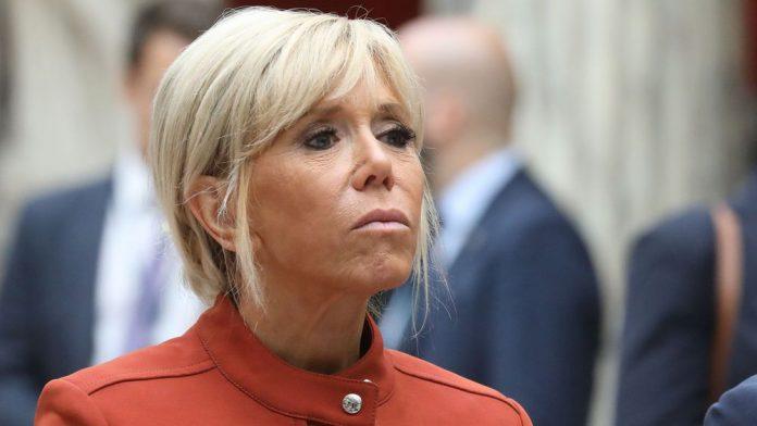 Brigitte Macron piégée et