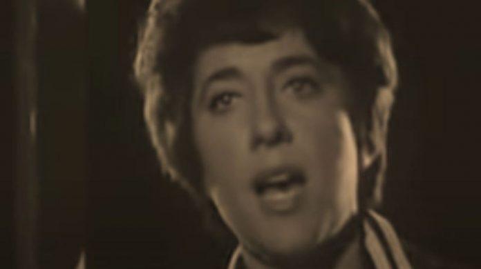 Décès de la chanteuse et poétesse Hélène Martin à l'âge de 92 ans
