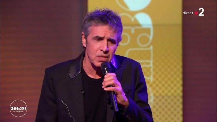Julien Clerc chante