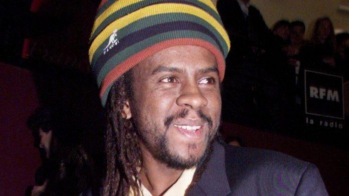 Le chanteur Tonton David, auteur de « Chacun sa route » est mort à 53 ans