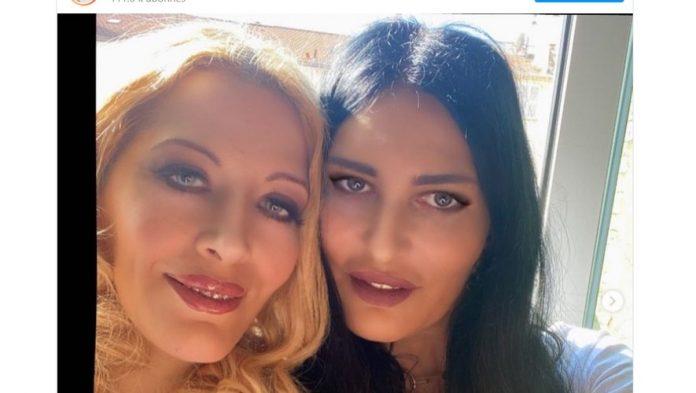 Loana droguée par son agent et amie Sylvie Ortega ? Elle brise enfin le silence de manière CASH ! (détail)