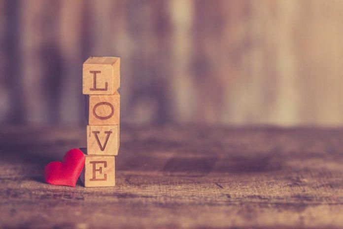 Saint-Valentin 2021 : quelle est l'origine de cette fête ? (détail)