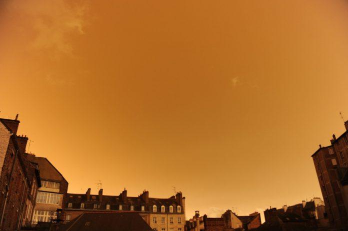 Un nuage de sable du Sahara attendu en France (détail)