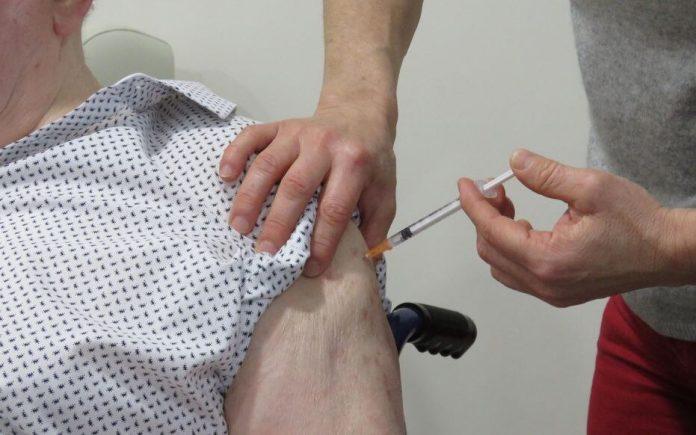 Vaccination anti-Covid en France: Doctolib observe une accélération des prises de rendez-vous