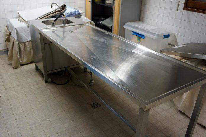 Inde : Un homme déclaré mort redonne des signes de vie sur la table d'autopsie (détail)