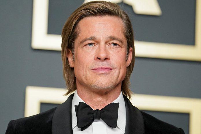 Brad Pitt en fauteuil roulant, les photos qui interpellent (détail)