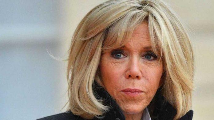 Brigitte Macron filmée seule dans les rues de Paris, cette vidéo devient virale !
