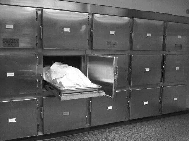 Déclarée morte par erreur, une femme est retrouvée vivante dans un réfrigérateur de la morgue (détail)
