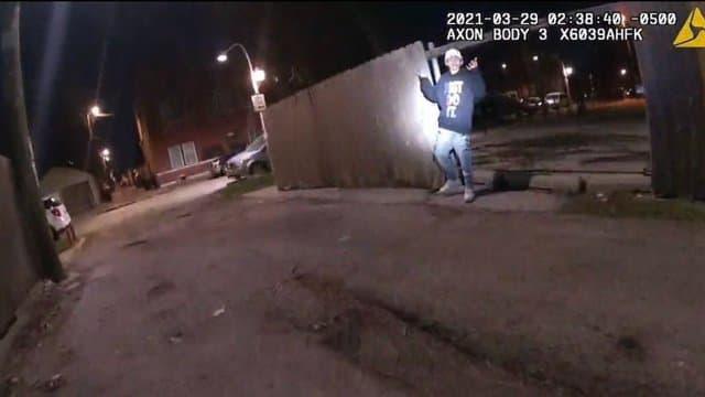 La vidéo d'un policier abattant un adolescent de 13 ans choque aux Etats-Unis (détail)