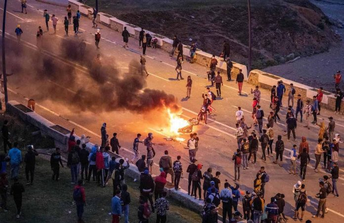 Ceuta: les migrants immédiatement refoulés, Bruxelles durcit le ton (détail)