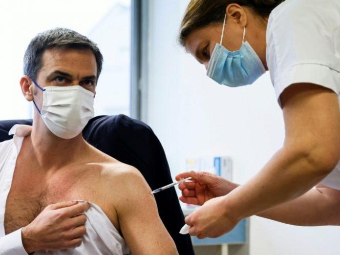 Pourquoi Olivier Véran n'a pas reçu une deuxième injection d'AstraZeneca ? (détail)